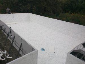 budowa basenu solo