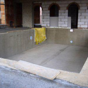 budowa basenu z bloczków betonowych
